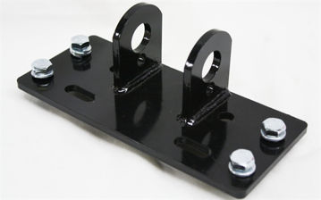 Picture of 3 1/2 X 8 RED BRACKET W/BOLTS