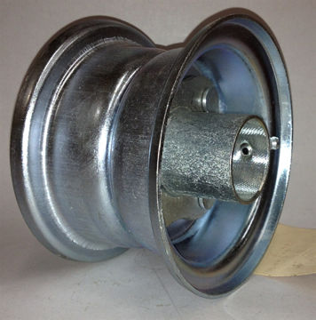 Picture of 3 PIECE BOLT HUB